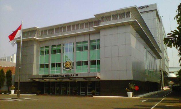 administrasi negara
